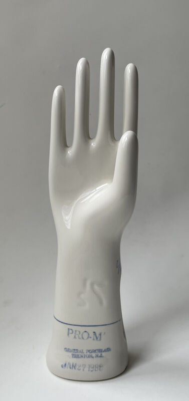 Vintage Hand Glove Mold Right Hand Pro M General Porcelain Trenton NJ Size 7 1/2