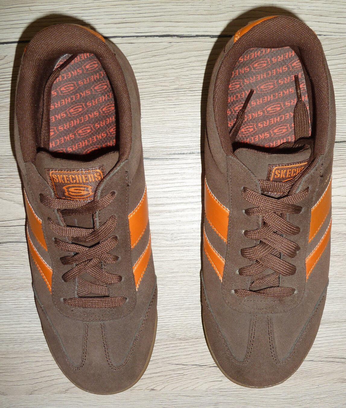 SKECHERS !! Herren Sneaker Turnschuhe Gr. 43 UK 9 // braun Veloursoptik