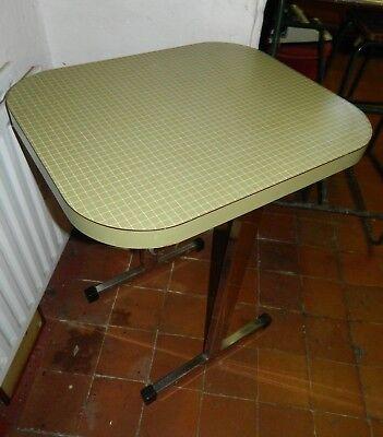 Mid-Century Modern Retro Table Chrome/Formica
