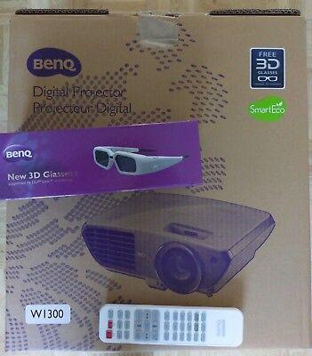BenQ W1300 3D DLP Projektor Beamer 2000 ANSI-Lumen Full HD in OVP ()