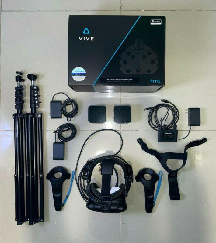 HTC Vive Virtual Reality Headset - FULL KIT +  2 tripods