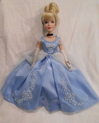 "Disney's ""Cinderella"" Brass Key 16"" Porcelain Doll * Beautiful!"