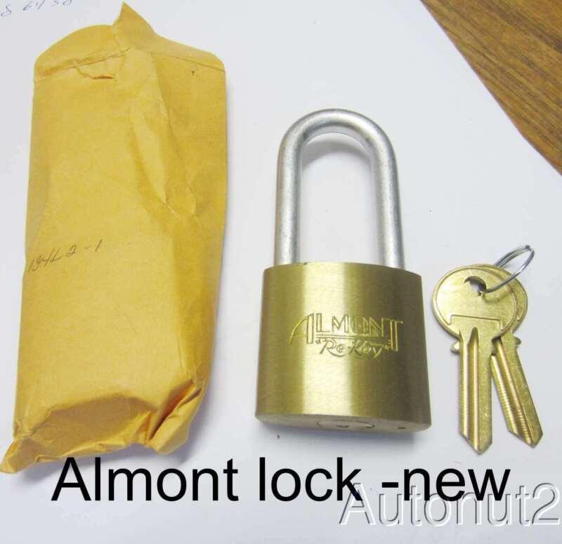 Locksmith  Almont Re-key padlock NEW OLD STOCK Yale 8 keys