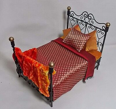 Dolls House Black & Gold Bed with REDS/ ORANGE MOROCCAN STYLE SILK BEDDING