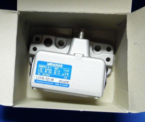 Yamatake Limit Switch, LDVS-5214S