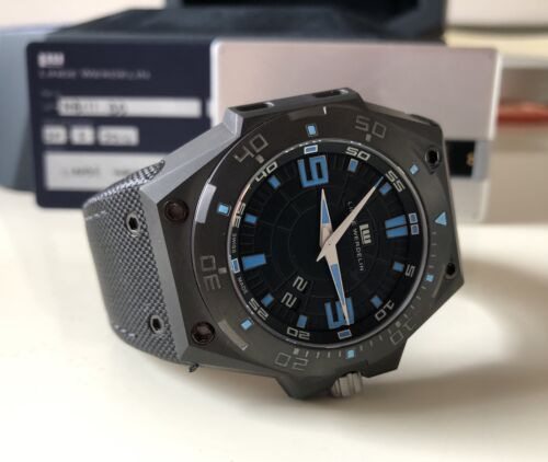 Linde Werdelin Hard Black III Big Date with Box & Papers. - watch picture 1