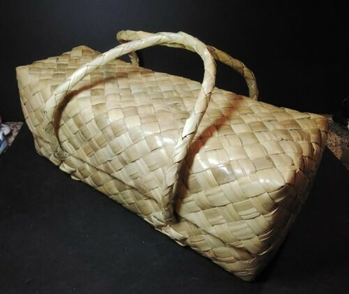 Lauhala Basket With Lid and Handles Bag Lunch Box Long Hawaiian Pacific Island
