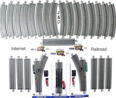 Bachmann Model Railroad - HO Scale Model Railroad Train Layout Bachmann Silver EZ Super Track Package Deal