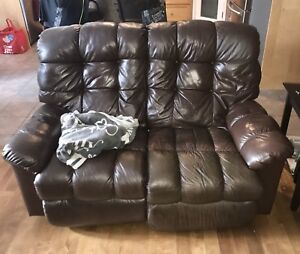 Must Sell: Chocolate Brown La-ZBoy Leather furniture!