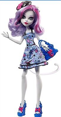 Catrine Demew Monster High Shriekwrecked Shriek Mates Doll Mattel NEW