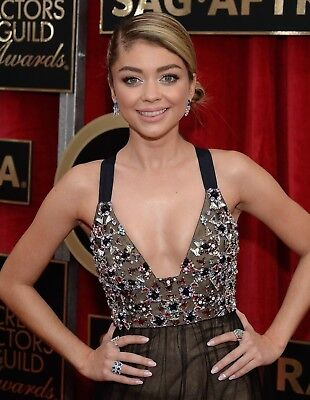Sarah Hyland In A 8  X 10  Glossy Photo 151