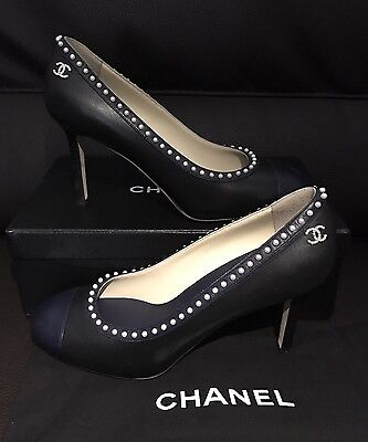 CHANEL CC Classic 2 Tone Cap Pearl Navy Black Leather Ballerina Ballet Pump Heel