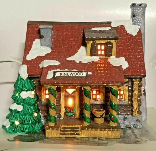 Department 56 Snow Village PINEWOOD LOG CABIN  #51500 (1989) - EUC