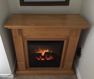 Beautiful solid fireplace - excellent condition
