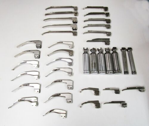 Laryngoscope Handle and Blade Set - Lot