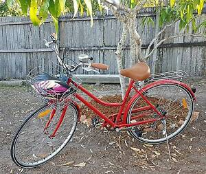 Used Lady bicycle for sale Helensvale Gold Coast North Preview
