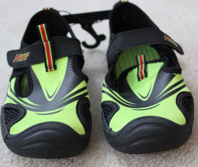 Nerf Boys Water Shoes Size Youth Medium 13-1 Neon Green Black | eBay