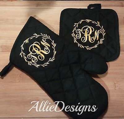 Custom monogram initials heat resistant oven mitt / pot holder Choose your color