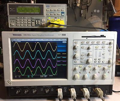 Tektronix Tds7054 Dpo Oscilloscope 4ch 500mhz 5gss Win2k 3m Sm J2 Usb Cp2 Pw3