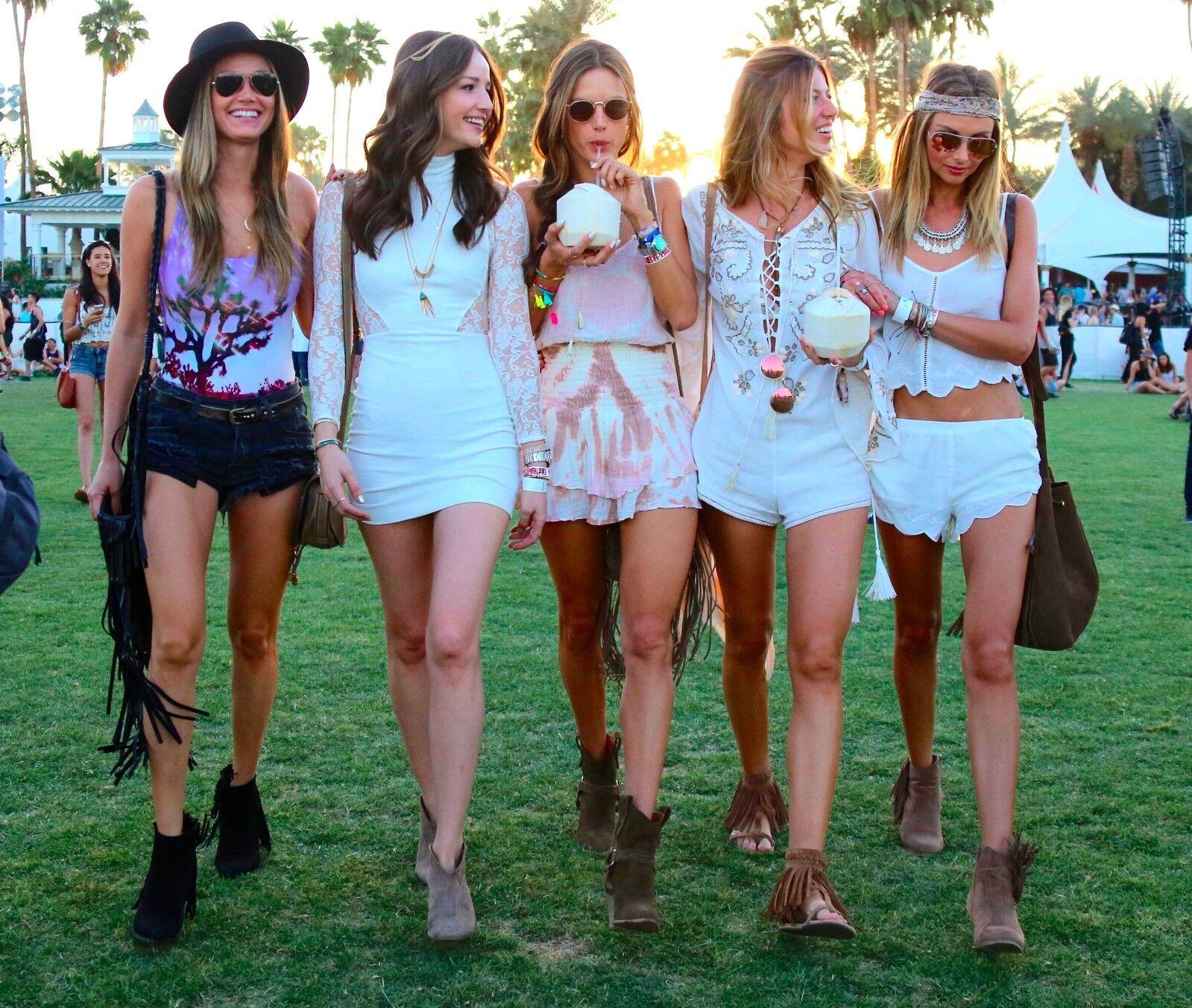 WEEKEND 1 - Coachella 2019 - 2 VIP TICKETS + 2 SHUTTLE PASSES - APRIL 12-14