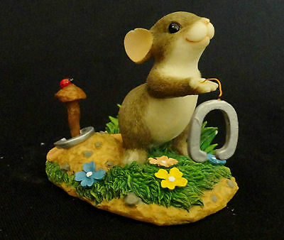 2001 Fitz Floyd Charming Tails GIVE LUCK A SHOT horseshoes Mouse Figurine 83/703