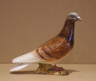 ### SUPER BESWICK MODEL PIGEON - FIRST VERSION 1383A ###