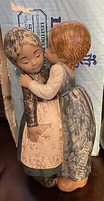 Lladro 2086 The Little Kiss Mint Condition Gres Finish Original Blue Box! L@@k!