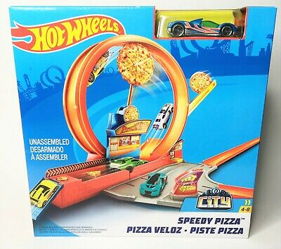 Mattel Hot Wheels Speedy Pizza Action Track Builder Playset - NEW!