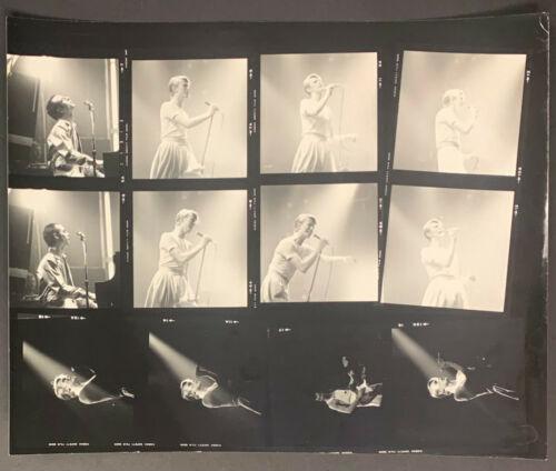 1974 David Bowie Photo Contact Sheet - Bowie
