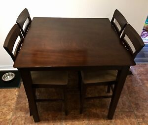 [SOLD PPU] Pub Table / Counter height dining set