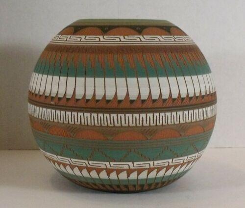 Navajo polychrome earth tone etched sphere pottery Hilda Whitegoat sgraffito pot