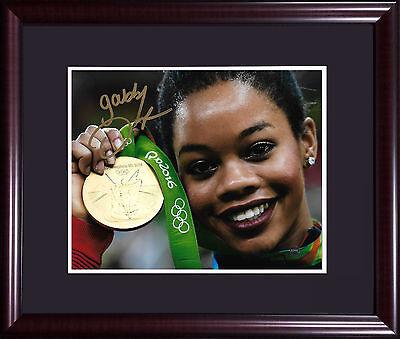 Gabby Douglas Usa Olympic Gold Gymnast Signed 8X10 Photo Framed Auto Steiner Coa