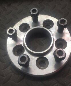 Infiniti g37s coupe spacers 25mm (1inch)