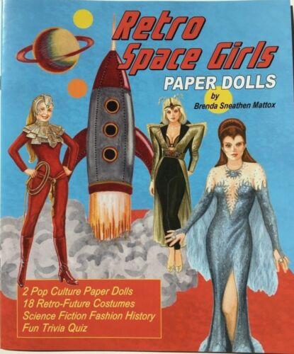 RETRO SPACE GIRLS Paper Dolls - Retro-future costumes from TV & film