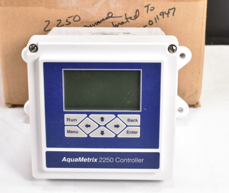 Aquametrix AM-2250 Multiparameter Analytical Controller for Liquids