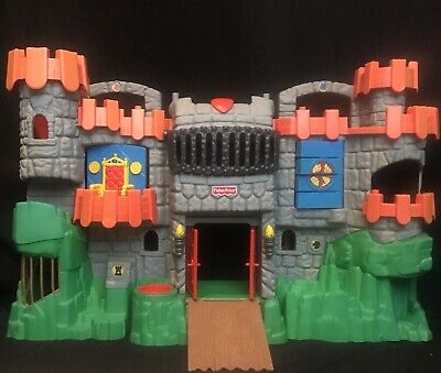 Fisher Price Imaginext Great Adventures Fold & Carry Castle Playset 2005