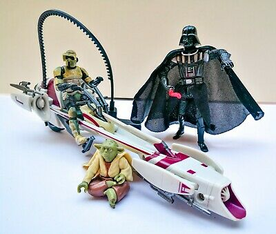 STAR WARS Barc Tooper Speeder Bike Ripcord Action + Darth Vader & Yoda Figures