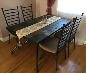 Dining table w 4 chairs 1 Console