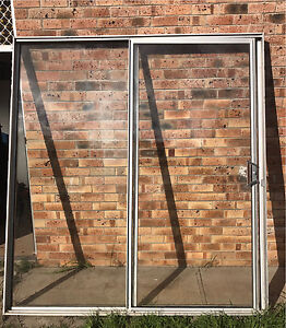 Sliding Door Speers Point Lake Macquarie Area Preview