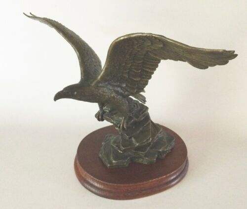 POISED FOR GLORY Bronze EAGLE Statue Ronald Van Ruyckevelt Franklin Mint 1990s