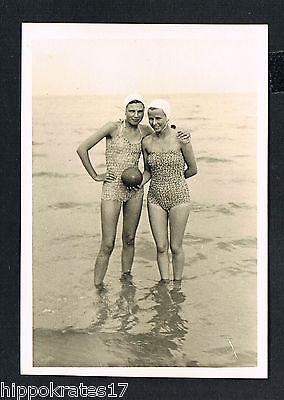 FOTO PHOTO, Bademode Frau Strand beach swimwear woman maillot de bain /76