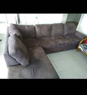 FREE DELIVERY - 5-6 Seater BROWN SUEDE Chaise Lounge