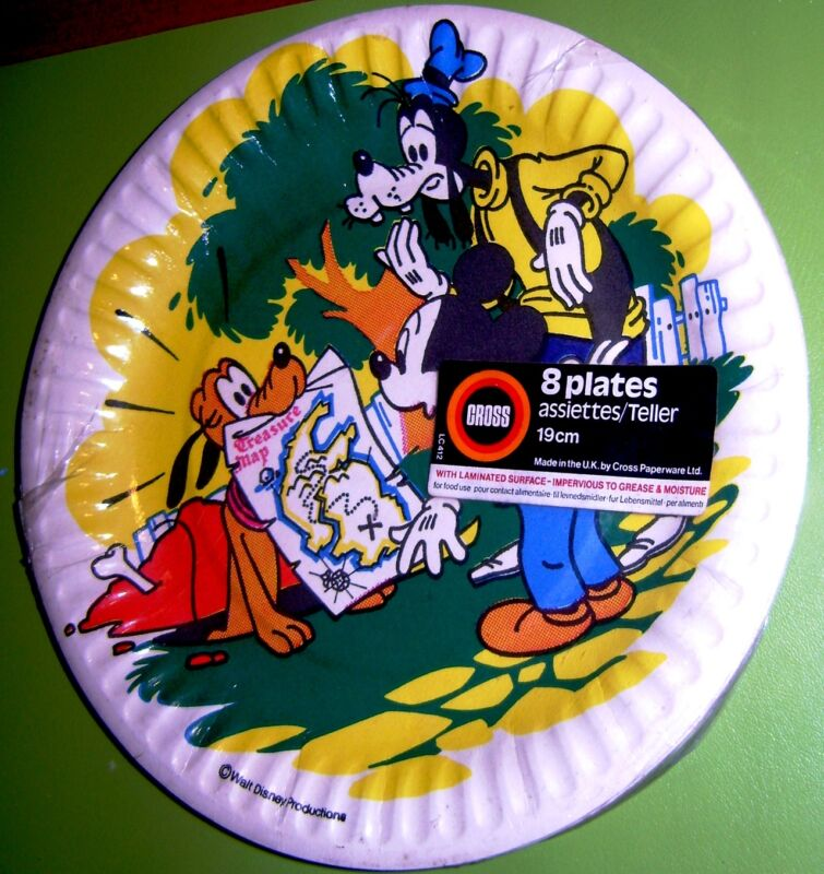 DISNEY VINTAGE 8 CARBOARD PARTY PLATES MICKEY PLUTO GOOFY by CROSS UK 1978 MINT