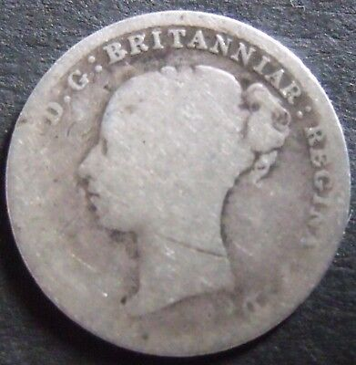1887 YOUNG HEAD  SILVER THREEPENCE, collectable.                11/74