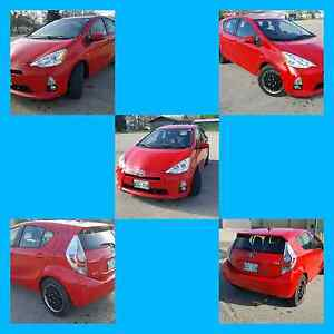 2013 Prius C 57000km GPS Touch Screen Push Button Start