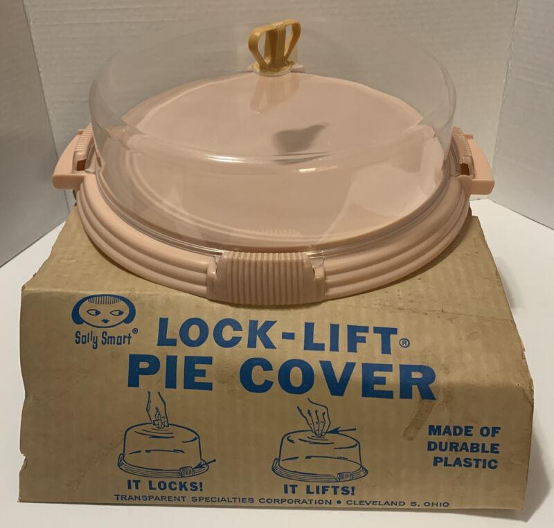 Vintage Sally Smart Lock-Lift Pie Cover Plastic Pink