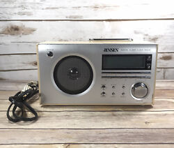 Jensen JCR-425 Retro Radio Digital AM/FM Alarm Clock Woodgrain Tabletop Silver