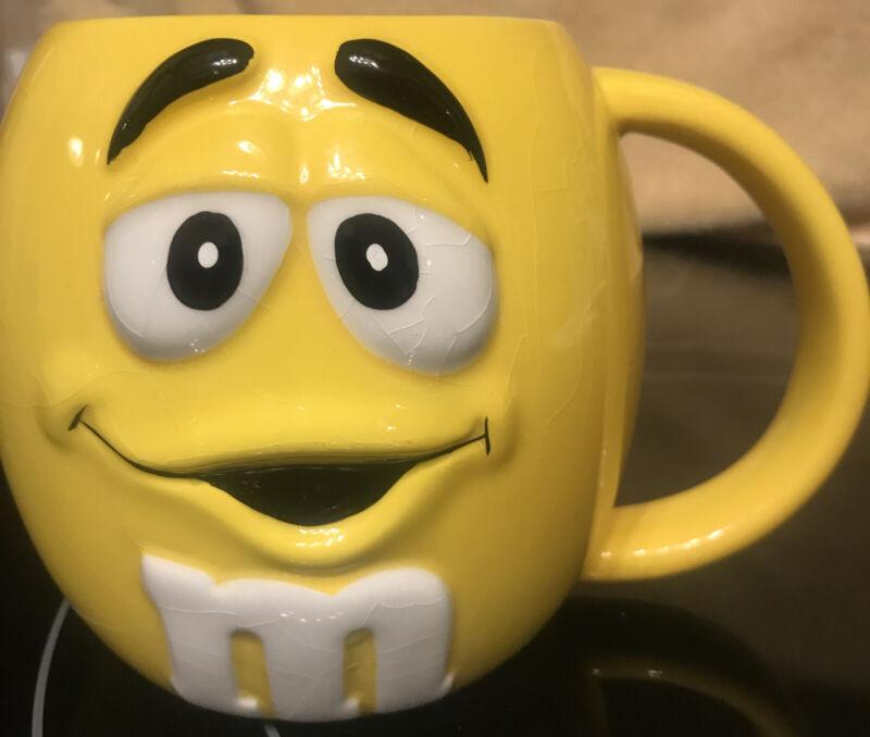 M&M YELLOW Coffee MUG CUP GALERIE 2003 Raised 3D Graphics White Interior Free Sh