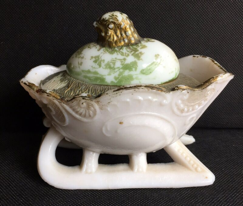 ANTIQUE 1904 WESTMORELAND CHICK HATCHING FROM EGG ON MILK GLASS SLEIGH
