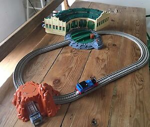 Thomas and Friends Trackmaster Tidmouth Sheds